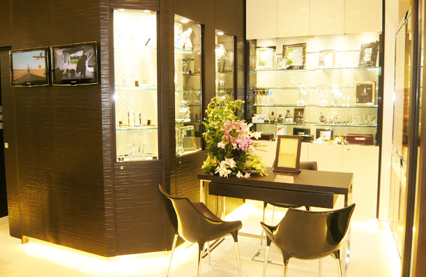 Armarios y muebles a medida productos y servicios cano carpinteria - Muebles en gijon ...